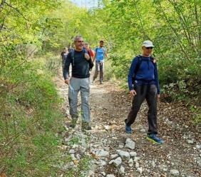 Da Valfornace al Santuario di Macereto alla scoperta di sentieri nascosti