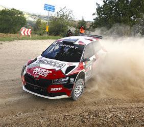 Cingoli, la coppia Andreucci - Briani vince il Rally delle Marche: solo undicesimo Fanari