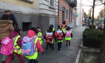 Macerata, ritorna il Pedibus: un'alternativa all'utilizzo delle auto private per andare a scuola