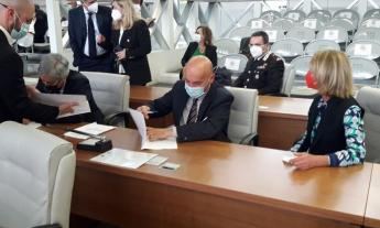 """Protocollo Antimafia firmato per le Marche, l'ultimo atto di Sottani: """"strumento per impedire l'usura"""""""