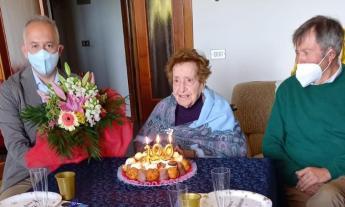 Lina Pasquali spegne le candeline: una nuova centenaria a Civitanova