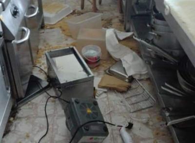 """Civitanova, devastato il ristorante """"La Locanda sul mare"""": ladri in azione sul lungomare nord"""