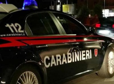 Porto Potenza Picena, 23enne arrestato: alla guida con 2 patenti false, senza assicurazione e revisione