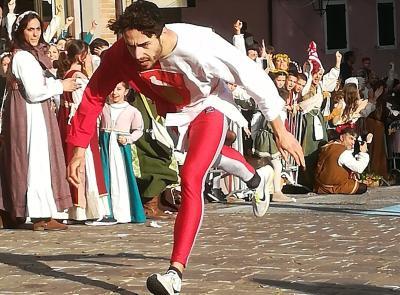 Corsa alla Spada: vince Sossanta con Francucci. Il Palio torna a Di Mezzo - GALLERY