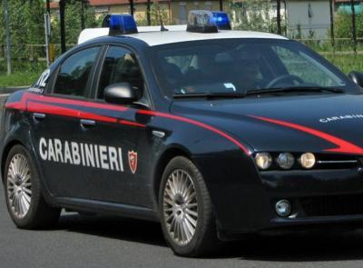 Trovato con un chilo di droga nel trolley: era diretto a Macerata. Arrestato nigeriano