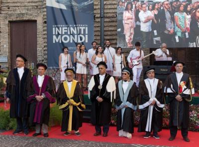 Commozione e ricordi alla Giornata del Laureato di Unimc