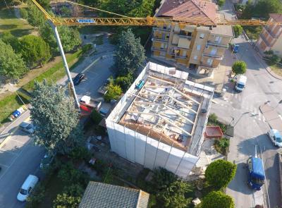 """Tolentino, ricostruzione pesante: partiti i lavori in un palazzo con scheda Aedes """"E"""""""