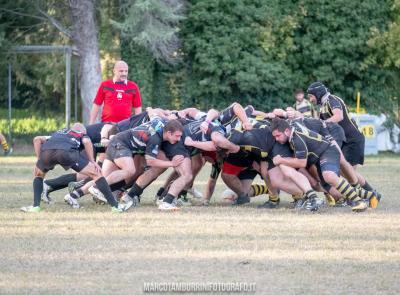 La Banca Macerata Rugby batte 25 a 21 la capolista con una grande prestazione d'orgoglio