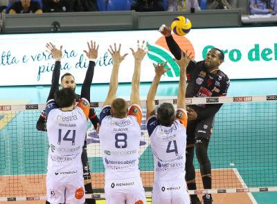 Volley, la Lube Civitanova batte Siena in quattro set e torna seconda