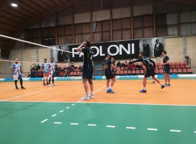 Volley, la Paoloni soffre ma vince mantenendosi in vetta alla classifica