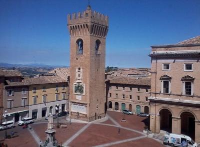 """Recanati, """"M'illumino di meno 2019"""" , luci spente  alla Torre Civica"""
