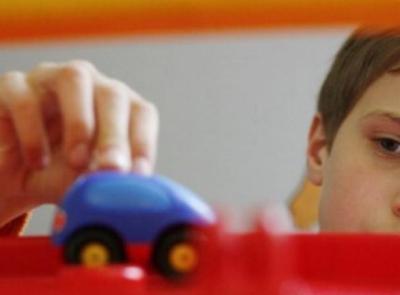 Civitanova, contributi alle famiglie con persone affette da disturbi dello spettro autistico: domande entro il 10 maggio