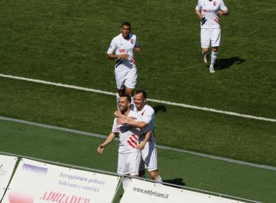 Serie D, Pezzotti risponde a Borrelli: finisce 1-1 il derby tra Sangiustese e Recanatese