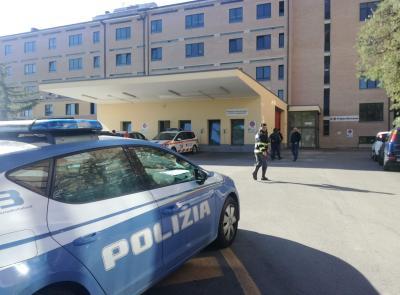 Civitanova, momenti di tensione al pronto soccorso: donna aggredisce infermiera