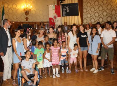 Solidarietà al popolo saharawi, la visita in Consiglio comunale di Macerata dei bambini del campo profughi