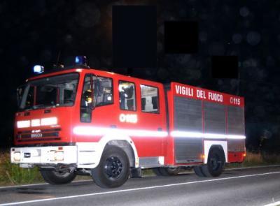 Incendio a Sant'Angelo in Pontano: paura per una famiglia