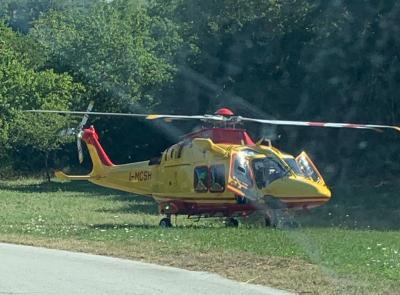 Montecassiano, carambola fra 4 auto lungo la Provinciale: 5 feriti. Uno in gravi condizioni a Torrette