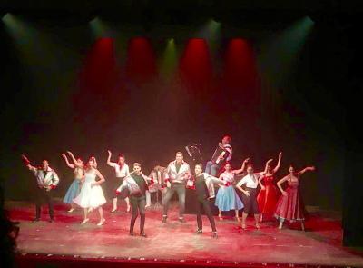 """Camerino, successo per """"Armonicamente"""": un viaggio tra la fisarmonica e il musical"""