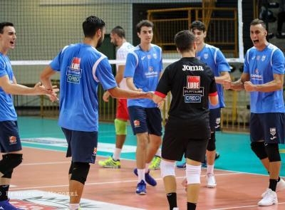Volley, buon pari della Goldenplast Civitanova nel test-match con la Menghi Macerata