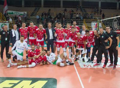 Menghi Macerata, prima vittoria alla Marpel Arena: 3 a 1 contro Palmi