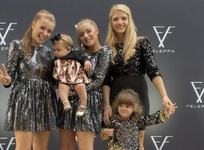 Civitanova, l'influencer ilaria Di Vaio ospite al pop up store delle gemelle Feleppa