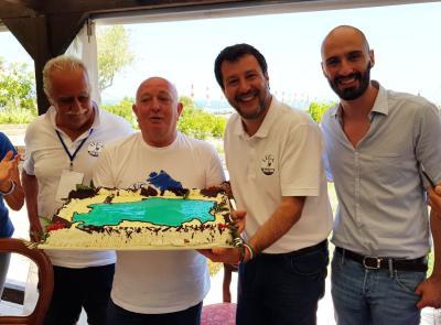 """Salvini contro Ceriscioli: """"Bocciato dai marchigiani, pronti a offrire un buon governo"""""""