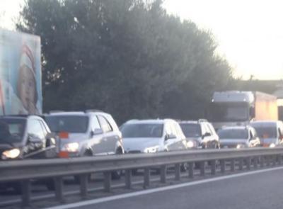 """Corridonia, incidente lungo la statale """"Val di Chienti"""": traffico bloccato in direzione monti"""
