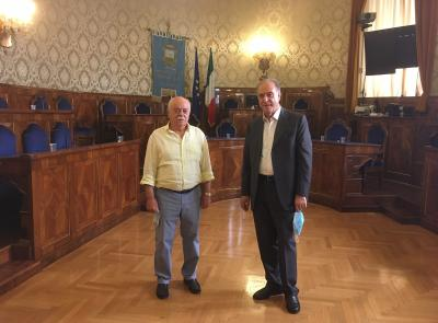 """Macerata, Pettinari incontra il segretario dell'UDC Cesa: """"Province depotenziate,mancano risorse"""""""