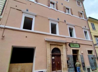 San Severino, torna agibile storico panificio: ricostruzione ultimata nel palazzo di via Garibaldi