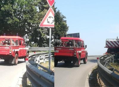 Civitanova, sterpaglie a fuoco in via Doria: uomo si ustiona, trasferito a Torrette in eliambulanza