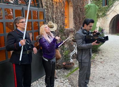 """Cingoli si prepara ad una 'Cena con Delitto': ecco il nuovo cortometraggio di 'Essere Felici"""""""