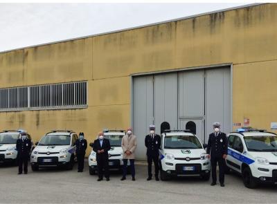 """Arrivano cinque nuove 4x4 per la Polizia provinciale: """"parco auto rinnovato quasi totalmente"""""""