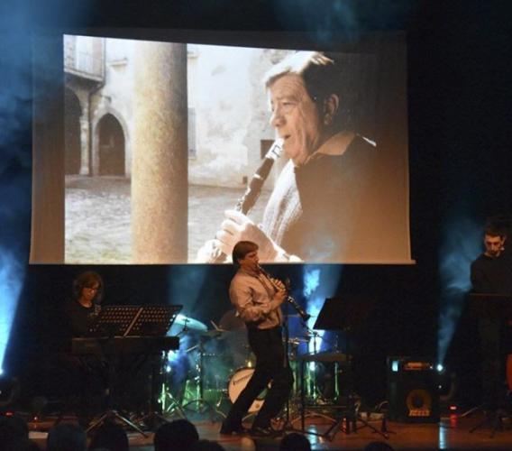 """Sabato 14 Luglio a Loro Piceno sul palco """"Il mio Hengel"""" in omaggio a Hengel Gualdi"""