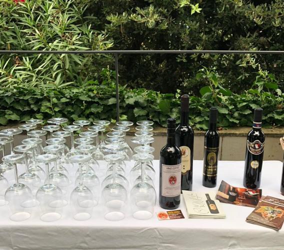"""Il vino cotto di Loro Piceno """"approda"""" a Capri"""