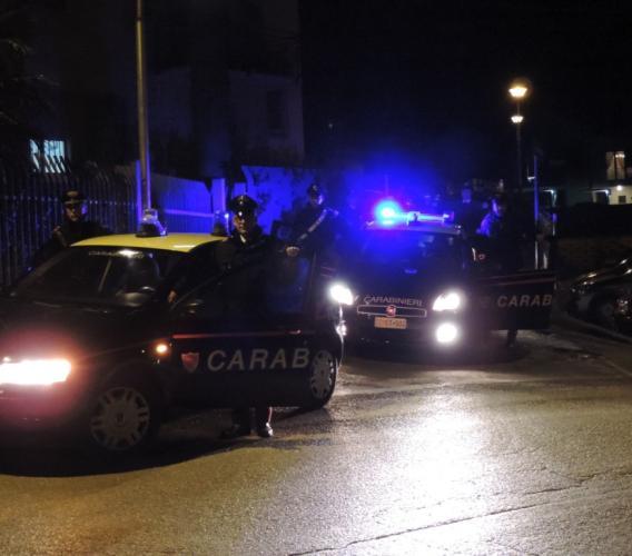Controlli a tappeto dai carabinieri: denunciata una 21enne e ritirate patenti