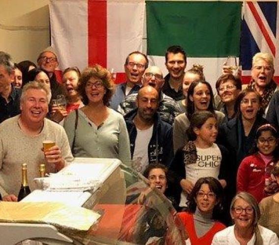 """""""Lo Scambio di conversazione"""" festeggia il loro terzo anno di incontri a Loro Piceno"""