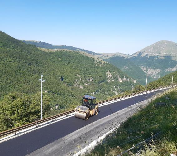 Riaperta la Provinciale Pian Perduto: ripristinato il collegamento con Castelluccio