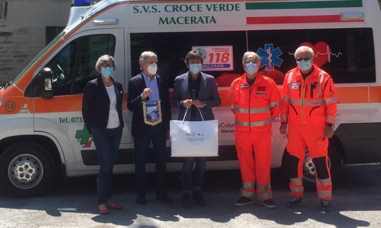 """Macerata, il Rotary dona mascherine alla Croce Verde: """"Grazie per il prezioso lavoro che state svolgendo"""""""