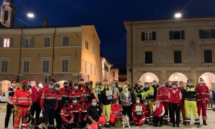 San Severino, lotta alla pandemia: targa ai volontari che hanno portato aiuti alla popolazione