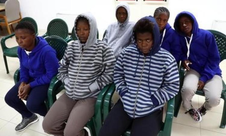 Portavano illegalmente pakistani in Europa: sgominata banda, il capo preso a Macerata