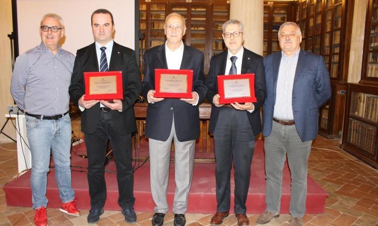 Riconoscimento e premi a tre società sportive maceratesi