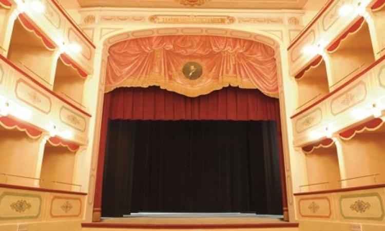 """Apiro: a teatro con """"In scena e... fuori scena, i due volti di un'attrice"""""""