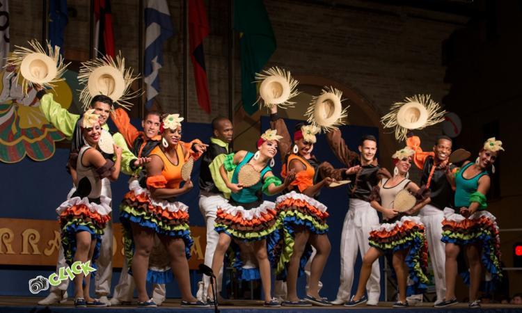 """Apiro: inizia """"Terranostra"""", il Festival internazionale del folclore"""