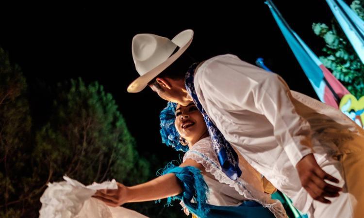 """""""Terranostra"""", Festival internazionale del folclore ad Apiro: lunedì 14 agosto il gran galà finale"""
