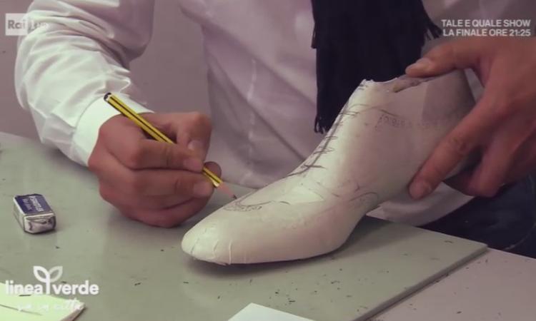 Morrovalle, Spernanzoni a Linea Verde mostra la creazione di una scarpa