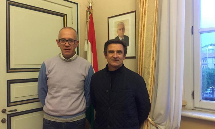 Civitanova, il sindaco Fabrizio Ciarapica incontra il nuovo comandante provinciale dei Vigili del fuoco