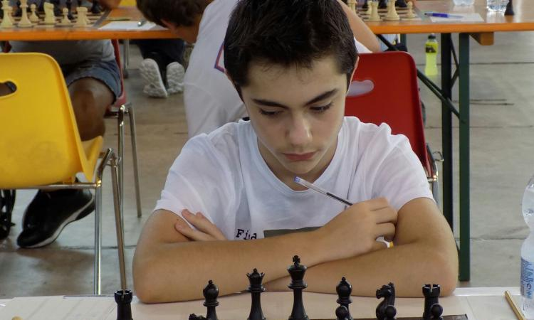 Il nuovo Kasparov è un ragazzo prodigio di Recanati: Michele a 12 anni raggiunge la Prima categoria nazionale di Scacchi