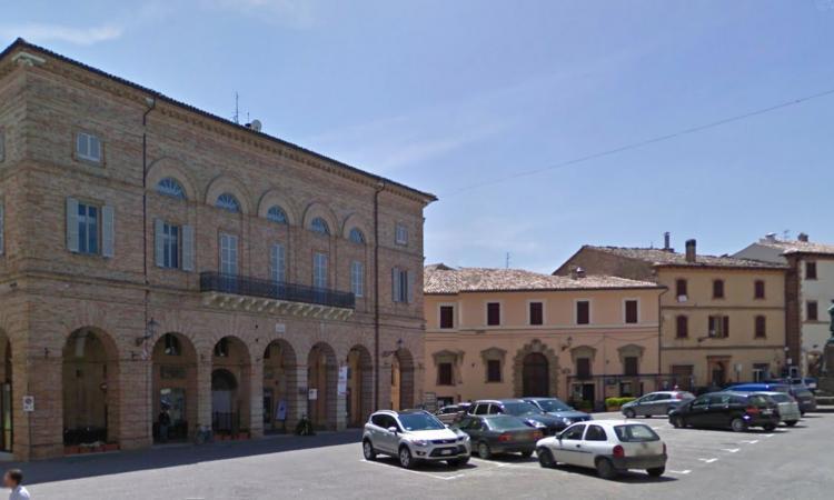 San Ginesio, sabato la consegna delle prime 12 casette e l'inaugurazione del nuovo Palazzo Comunale