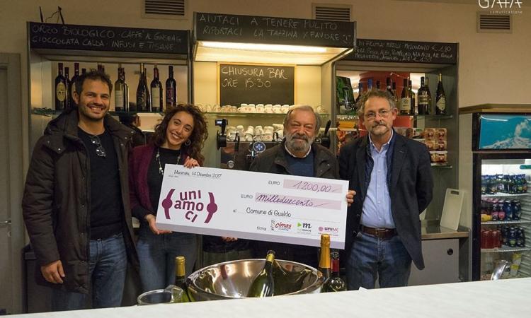 Aperitivo solidale PlayMarche, Cimas e Unimc: raccolti 1.200 euro per il Comune di Gualdo