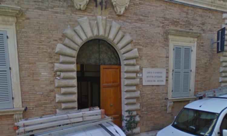 Macerata, la Camera di commercio ha stanziato 180.000 euro in favore dei Confidi per l'anno in corso